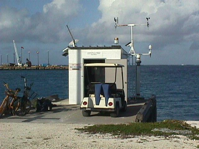 Photo of station #1619000, Johnston Atoll, Un