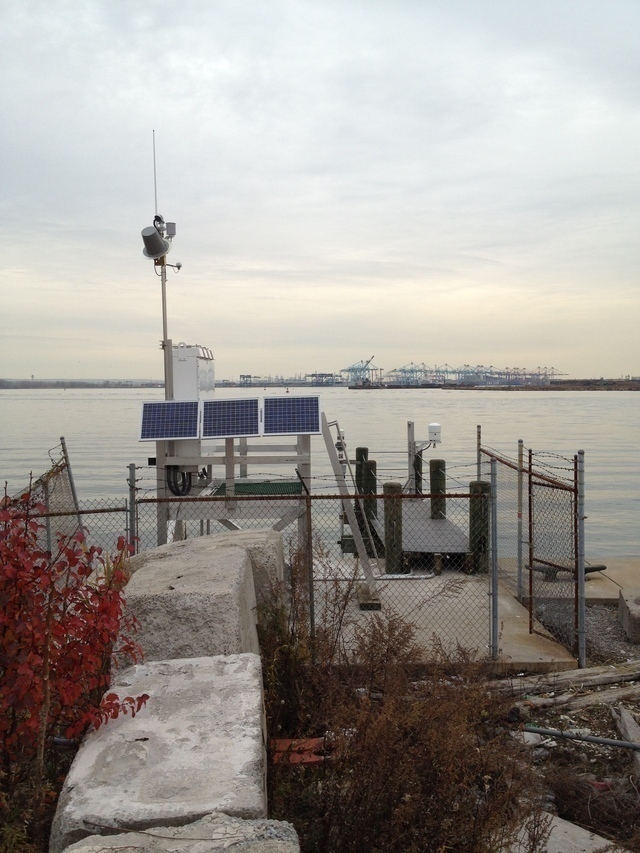Photo of station #8519483, Bergen Point West Reach, NY