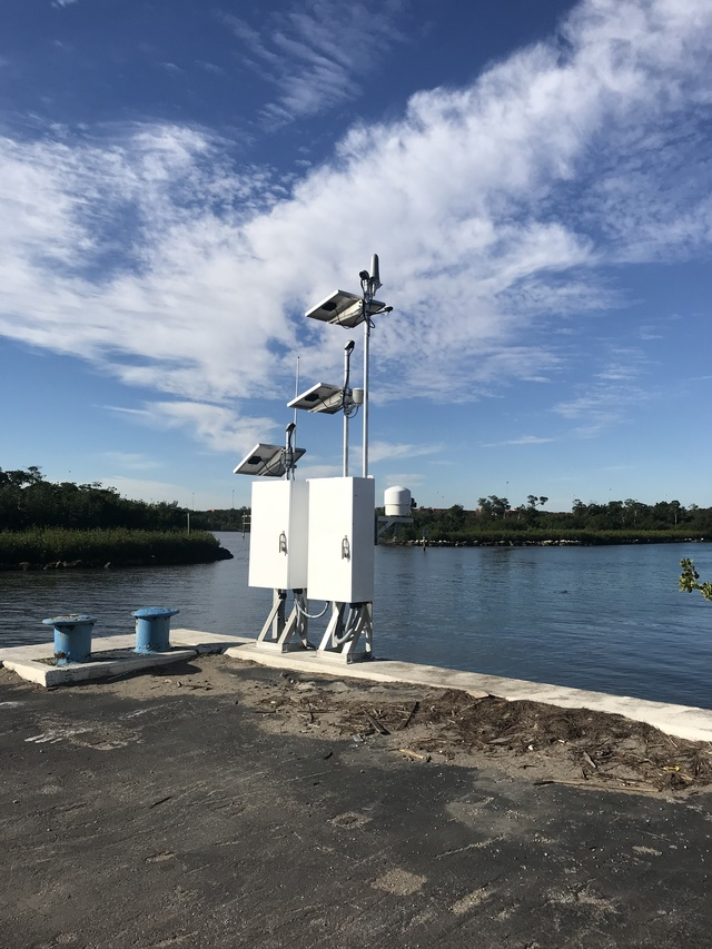 Photo of station #8722956, South Port Everglades, FL