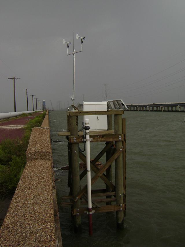 Photo of station #8771486, Galveston Railroad Bridge, TX