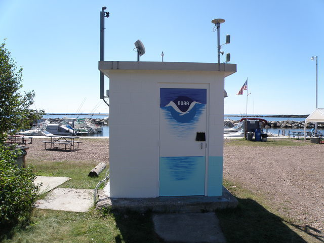 Photo of station #9099090, Grand Marais, Lake Superior, MN