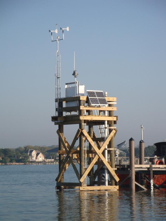 Photo of station #8720218, Mayport Bar Pilots Dock, FL