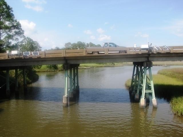 Photo of station #8738043, West Fowl River Bridge, AL