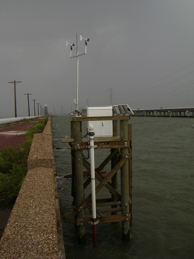 Photo of station #8771486, Galveston Railroad Bridge, TX