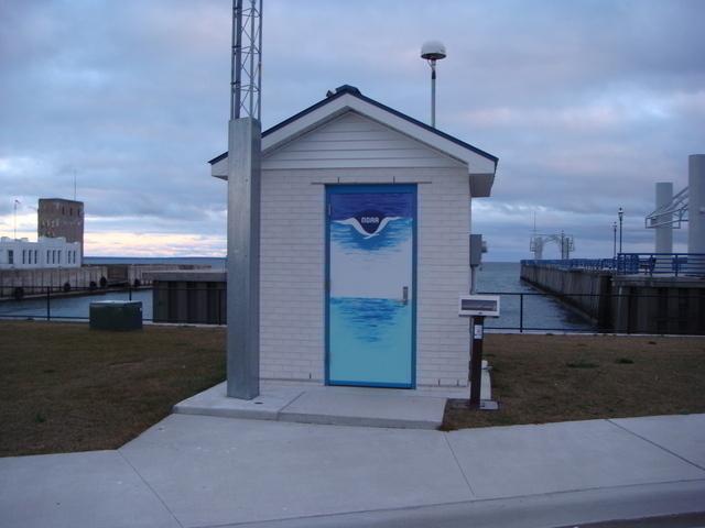 Photo of station #9075080, Mackinaw City, MI