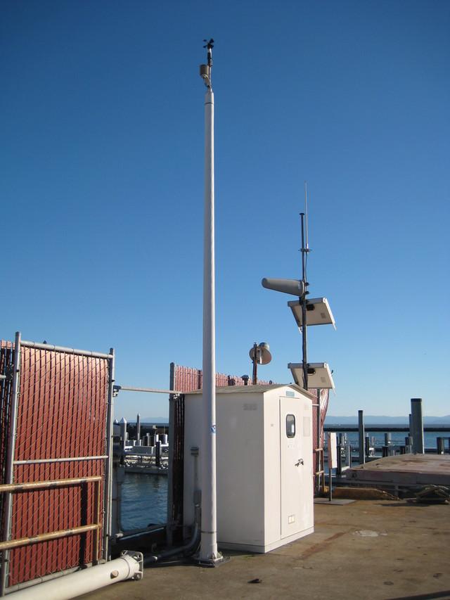 Photo of station #9414750, Alameda, CA